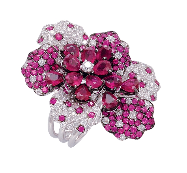 Fuchsia Rose Jewels The 2001 Pantone Color Of The Year Jck