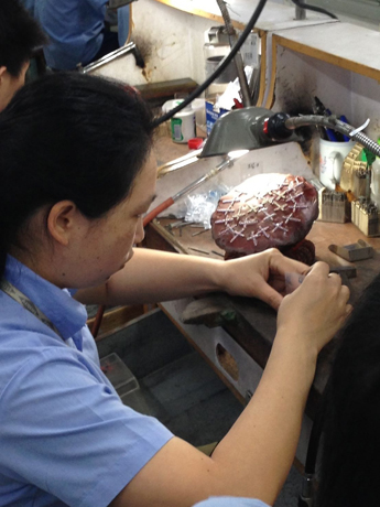 Lorenzo polishing cast jewels