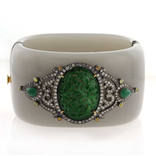 United Gemco jade bakelite bangle
