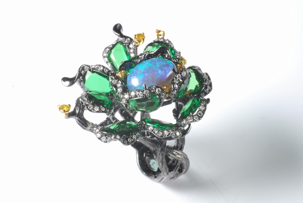 Lee Jewellery black opal Nature ring