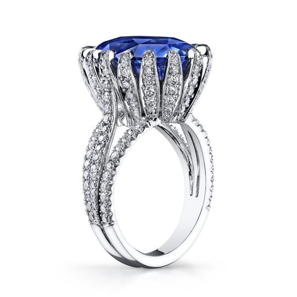 Omi Prive sapphire statement ring