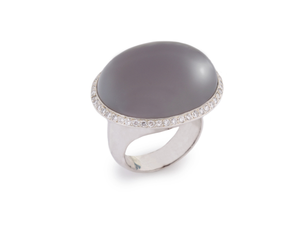 Liv Haley ring in silver with gray agate and diamonds