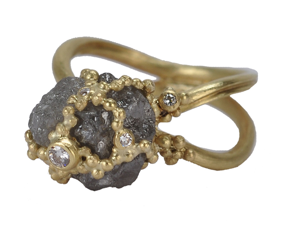 Vibes ring in 18k gold with rough gray diamond