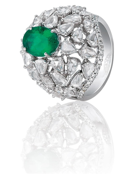 Bapalal Keshavlal emerald and diamond dome ring