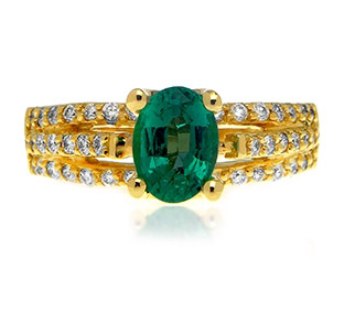TAKAT oval-cut emerald ring