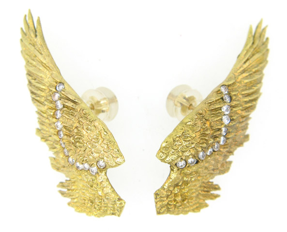 Aterlier Minyon Angel Wing earrings