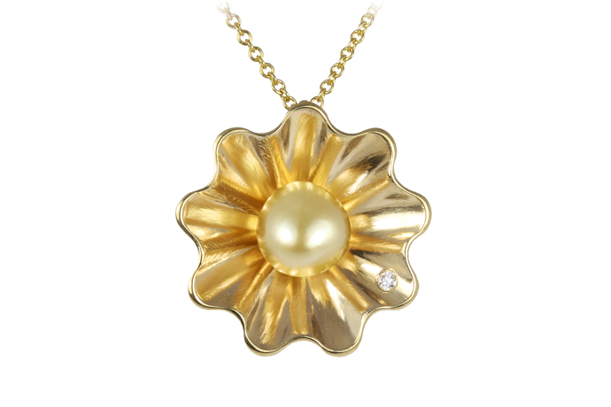 Patrick Mohs Jewelry golden pearl and gold pendant necklace