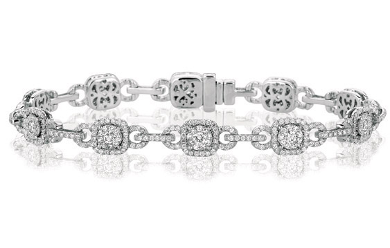 Martin Flyer diamond Weddnig Day bracelet