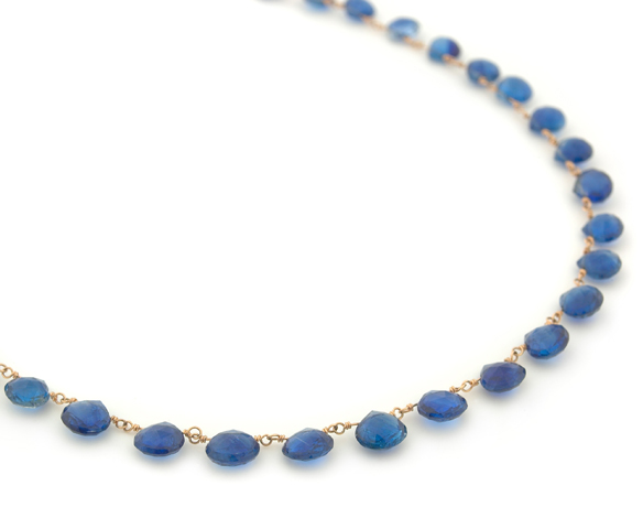 Anne Sportun necklace in gold with kyanite