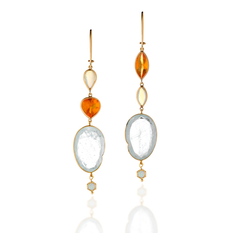 Earrings in 14k gold with fire and Ethiopian opal by Zaiken