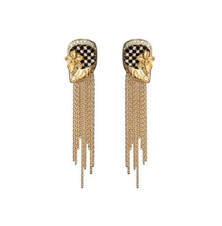 Sierpes earrings in 18k gold and diamonds by Carrera y Carrera