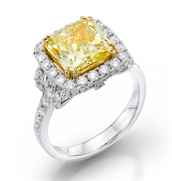 Dalumi Group Golden Diamond collection ring