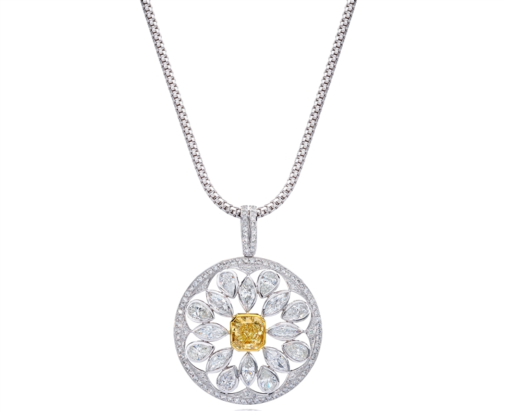 GemPlatinum fancy yellow diamond Amulet pendant