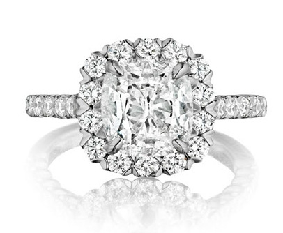 Henri Daussi Signature Daussi Cushion cut diamond engagement ring