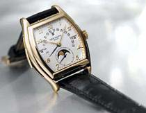 Patek Philippe gold Tonneau Form watch