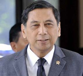 Jowono Sudarsono, Indonesia's defense minister.