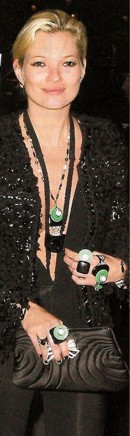 black-white-green-katemoss-chanel-jewelry-sept-09.jpg