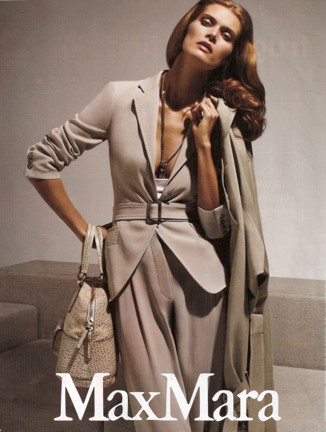 vee-subtle-color-adorned-max-mara-2010.jpg