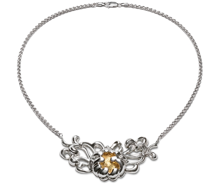 Repousse Peony two-tone necklace