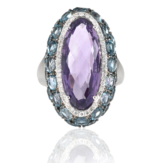 Ring in 14k gold with amethyst and London blue topaz by Estenza