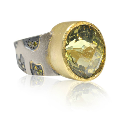 Ring in oxidized silver wiht 18k gold and chrysoberyl and yellow diamonds by Rebecca Myers