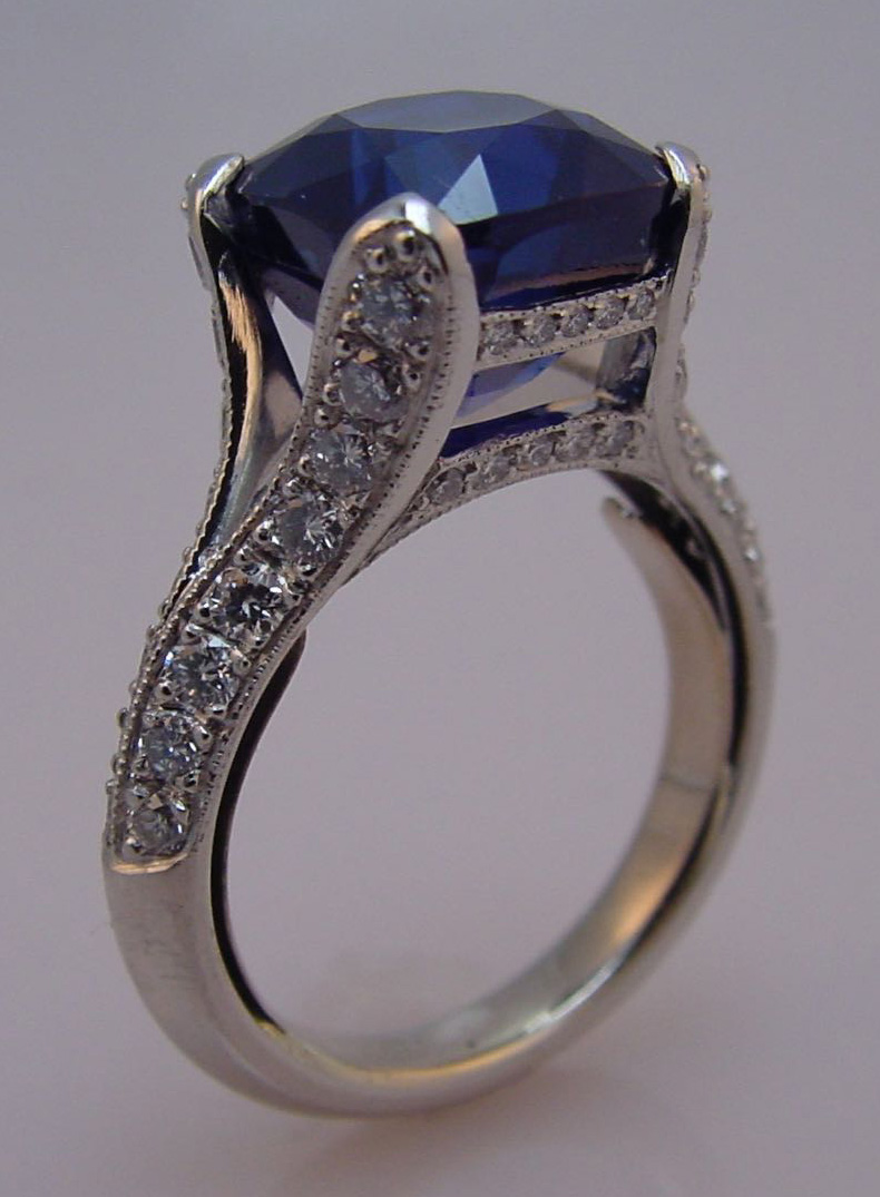 6-7_carat_kashmir_blue_sapphire_in_platinum_e_and_10_-_image_2.jpg