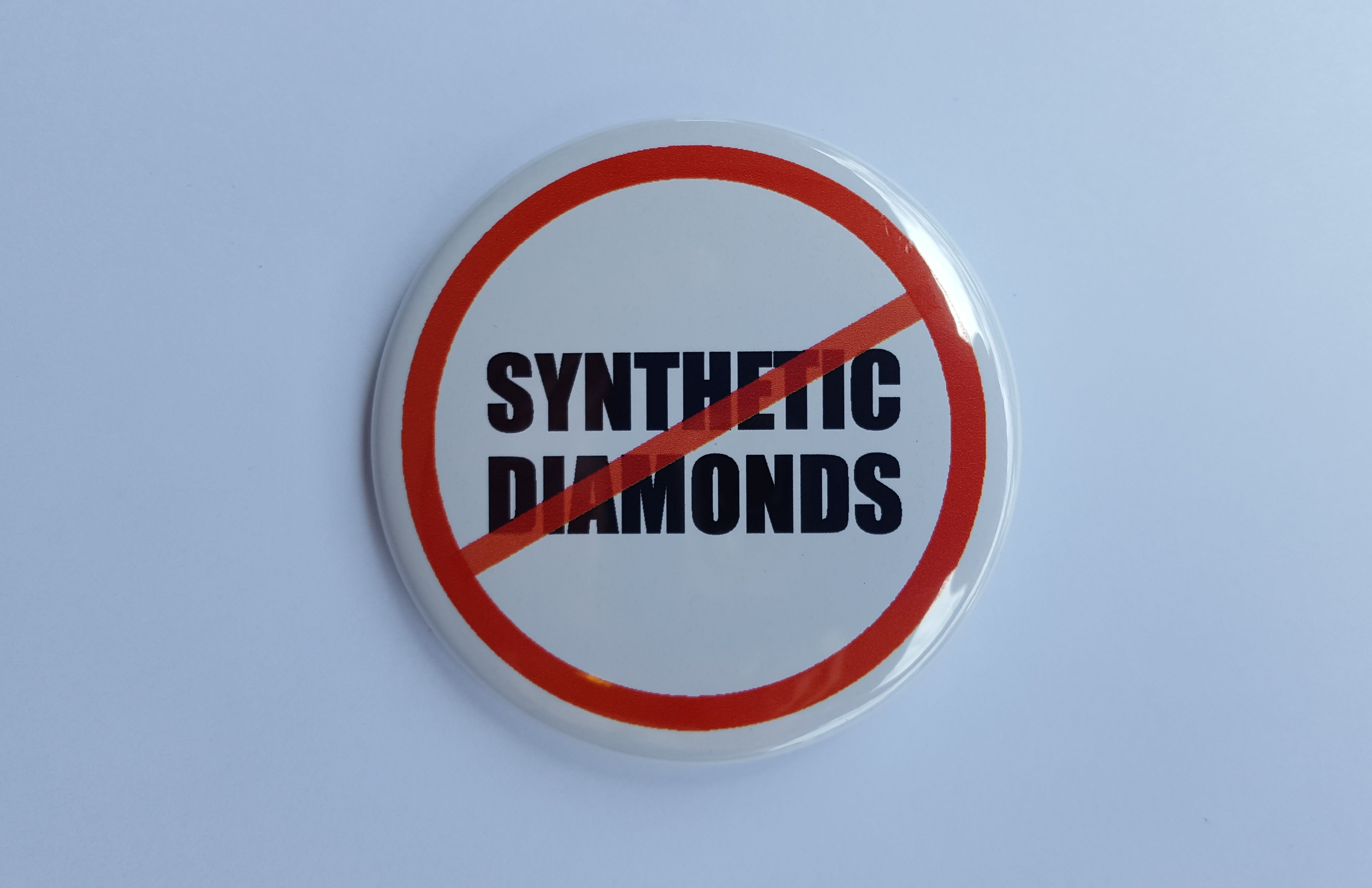 no_synthetic_diamond_button_1.jpg