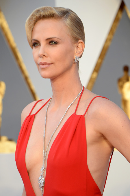 charlize_theron_-_harry_winston_gettyimages-512920018.jpg