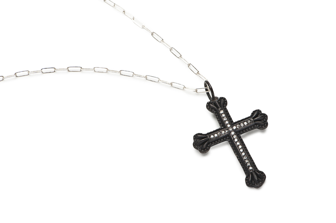 crownthecrosscharm_1.jpg
