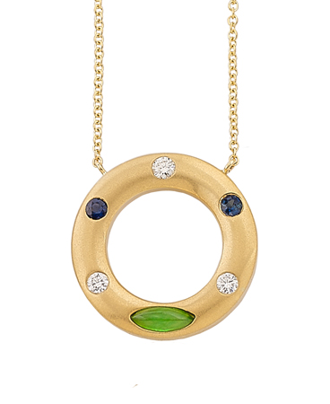 masonkay_gold_circle_with_jade_dia_sapph_337954.jpg