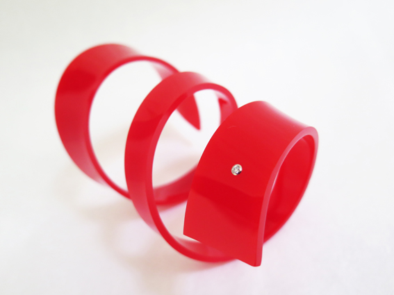 red_twirl_bracelet_use1.jpg