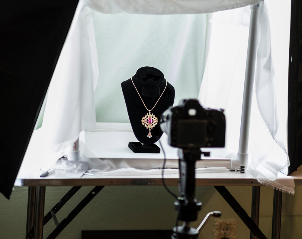 h2-take-great-jewelry-pics-setup.jpg
