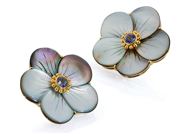 Bahina mother-of-pearl flower earrings | JCK On Your Market