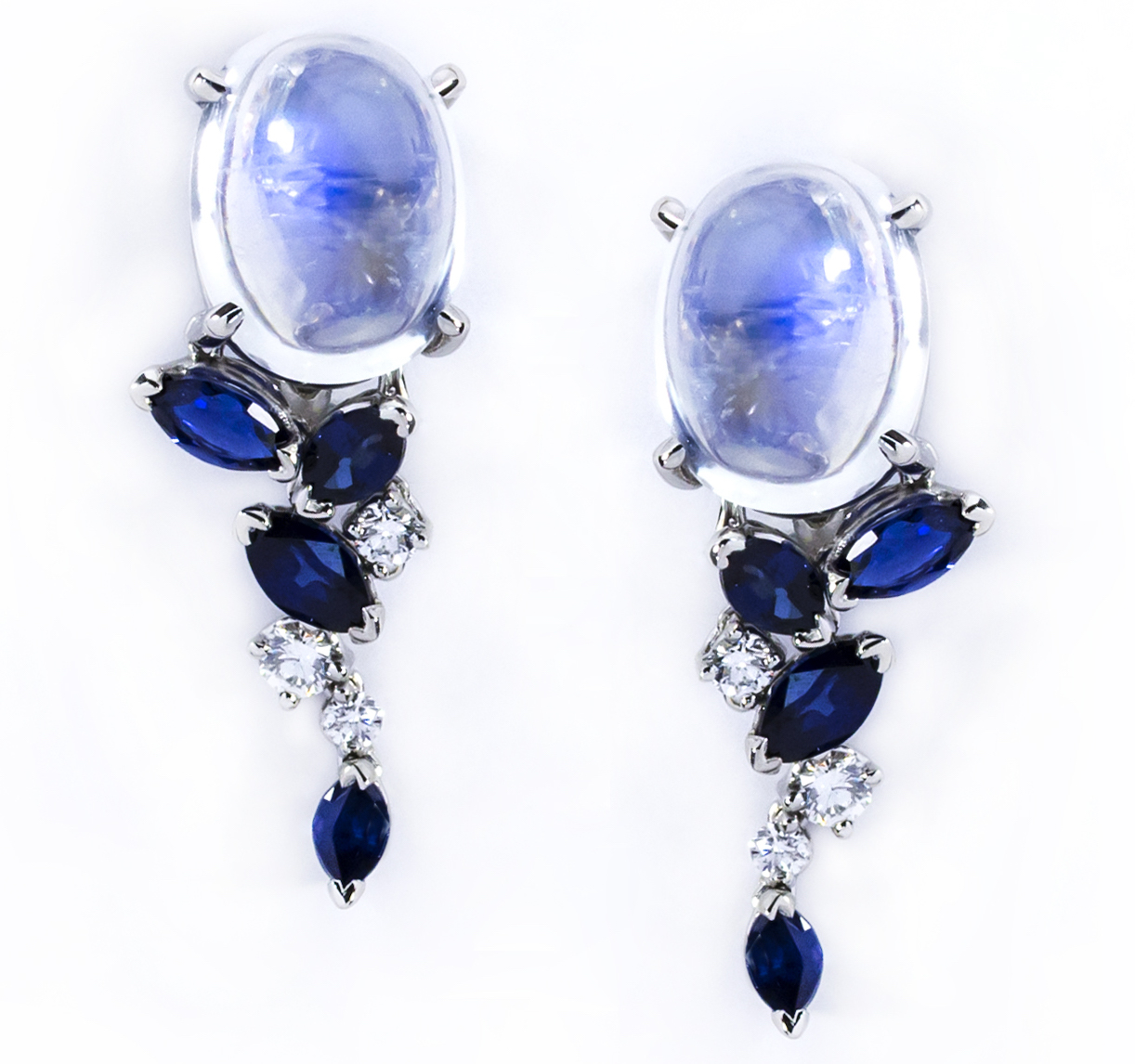 Oscar Heyman platinum moonstone and sapphire earrings | JCK On Your Market