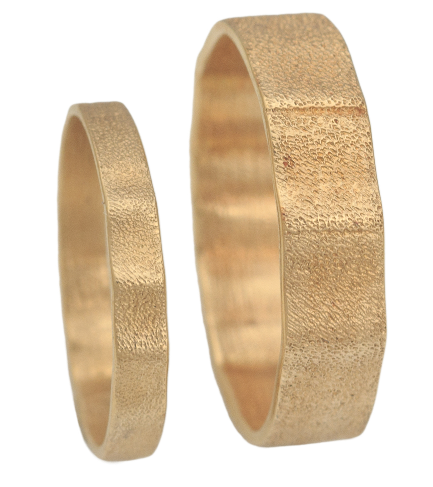 Audrius Krulis Dunes wedding bands | JCK On Your Market