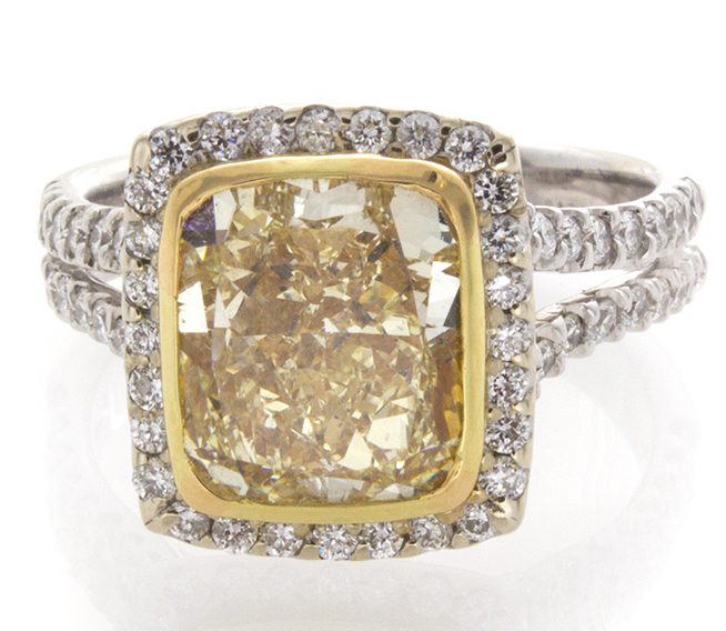 William Levine fancy yellow cushion diamond ring | JCK On Your Market