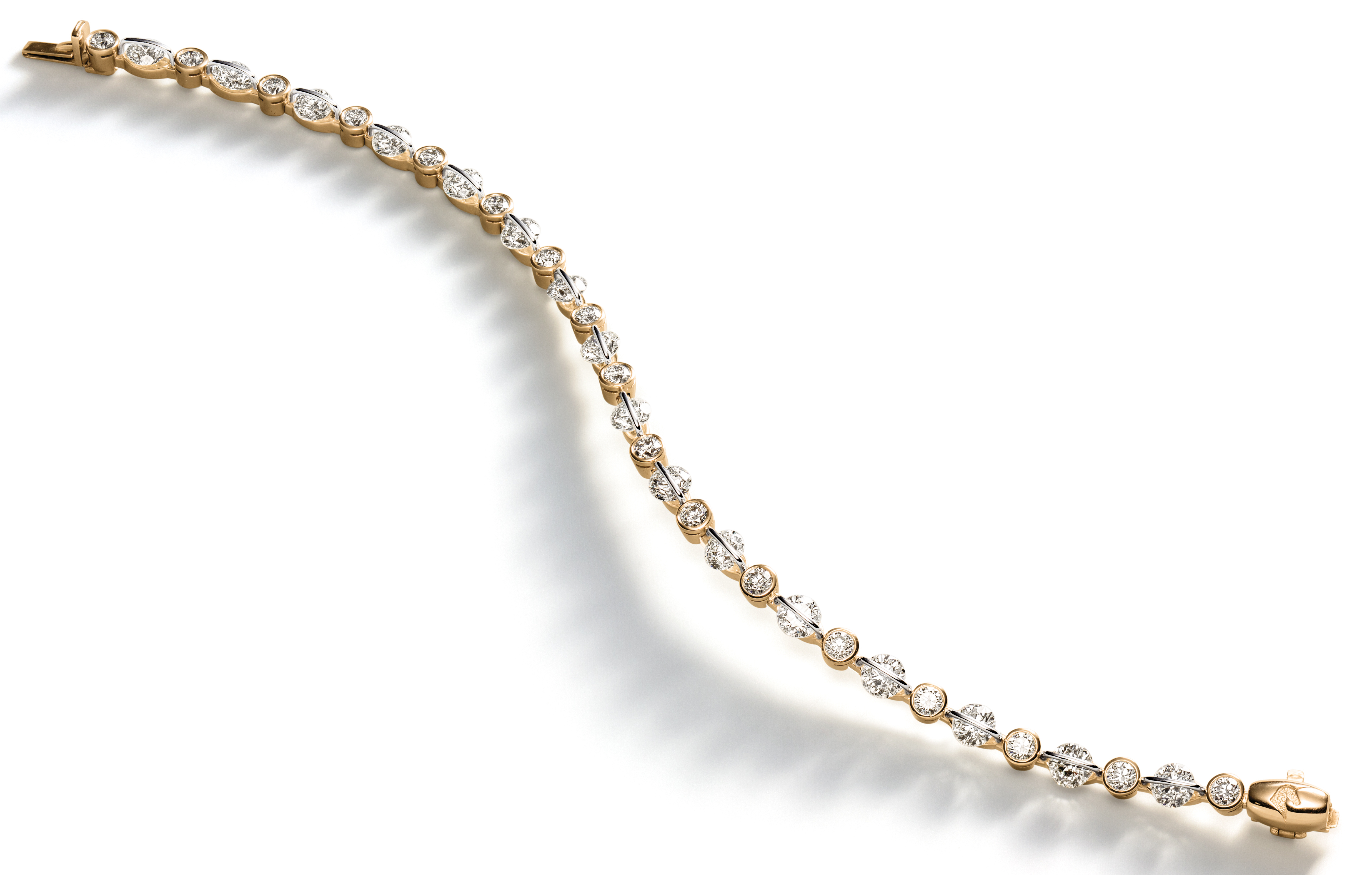 Schaffrath Liberte diamond bracelet | JCK On YOur Market