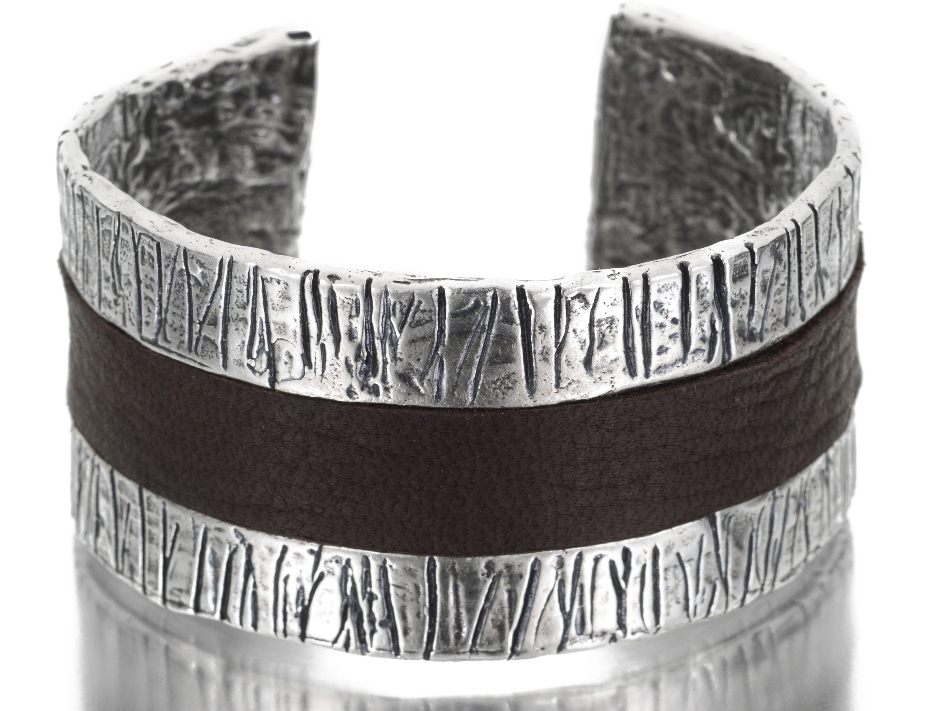 Lauren and Gracia leather channel cuff bracelet | JCK On Your Market
