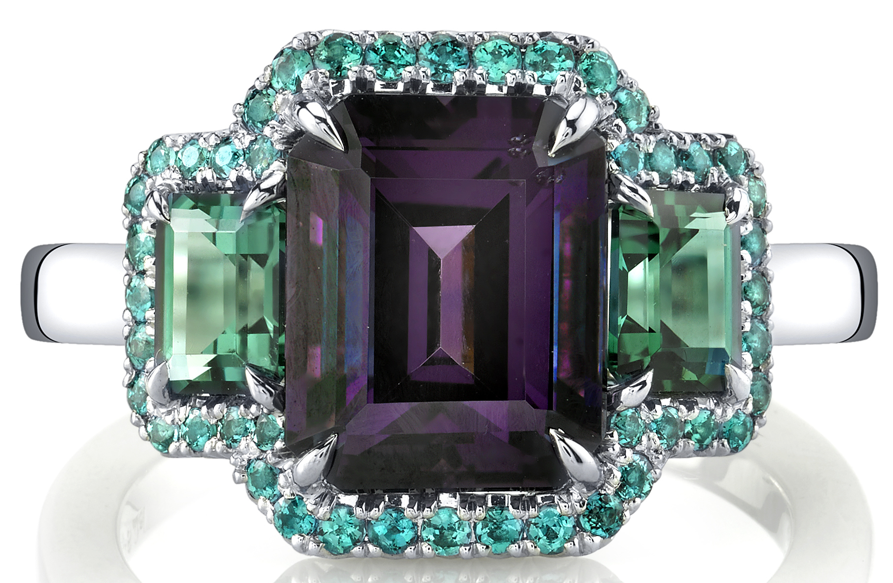 Omi Privé Dorê three-stone spinel ring | JCK On Your Market