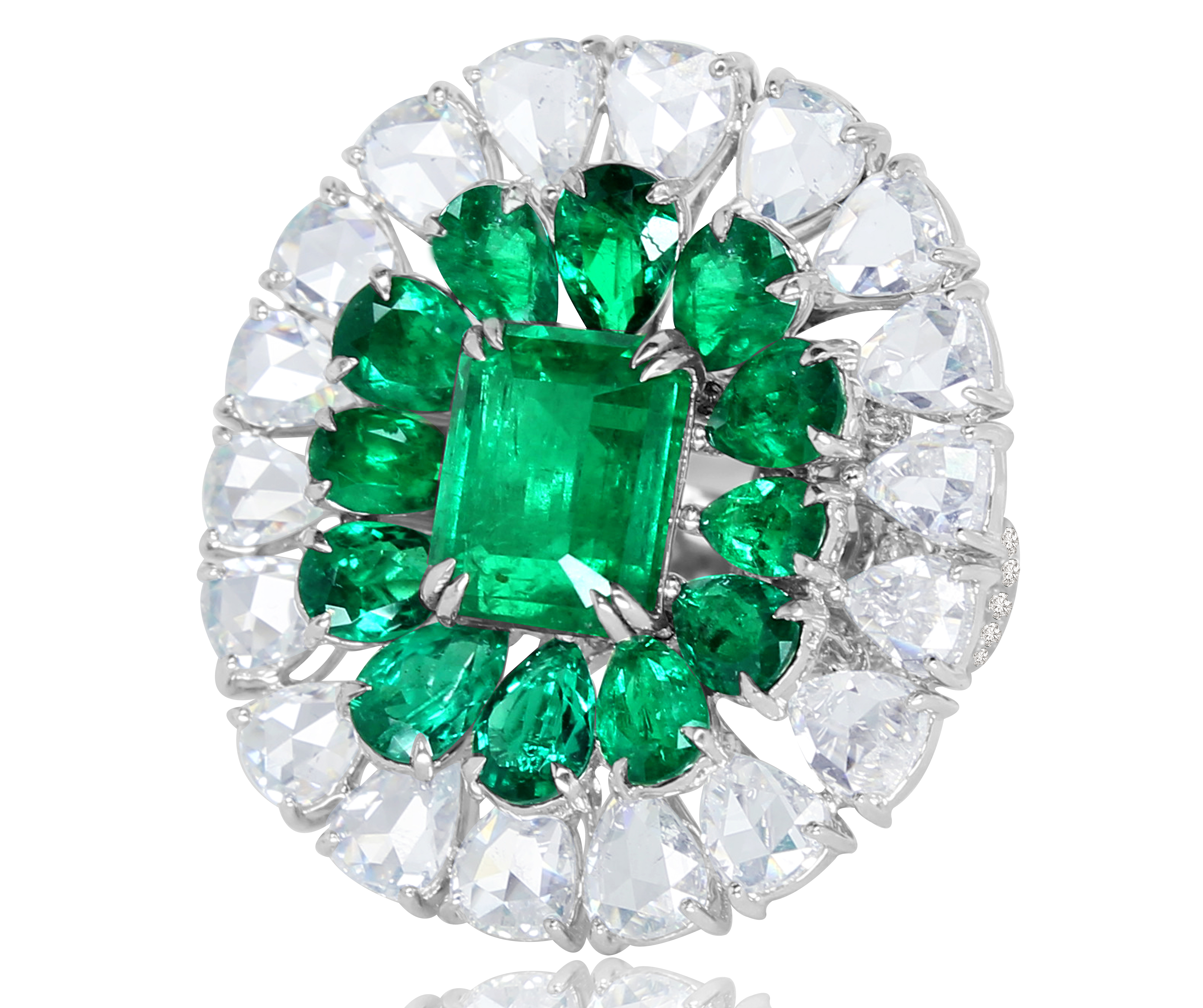 Sutra emerald and rose-cut diamond halo ring | JCK On Your Market