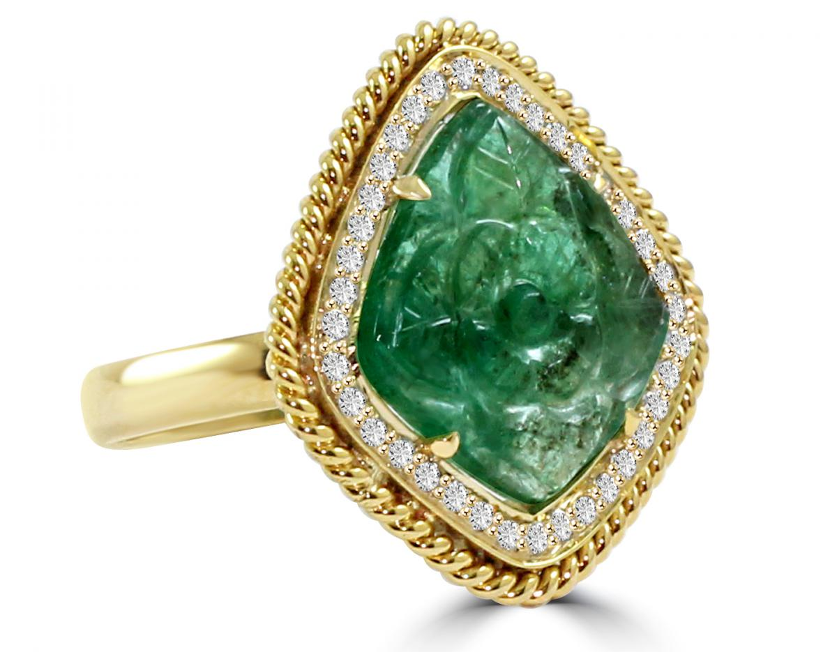 VIVAAN carved emerald ring